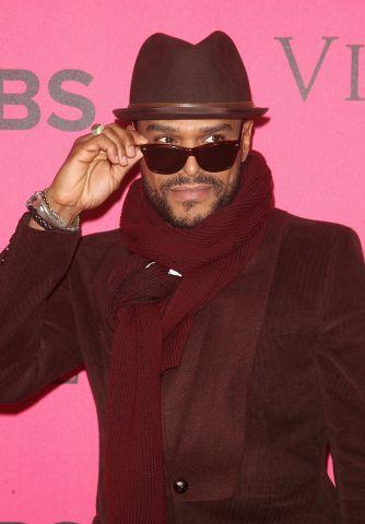 2011 Victoria's Secret Fashion Show - Pink Carpet Arrivals
