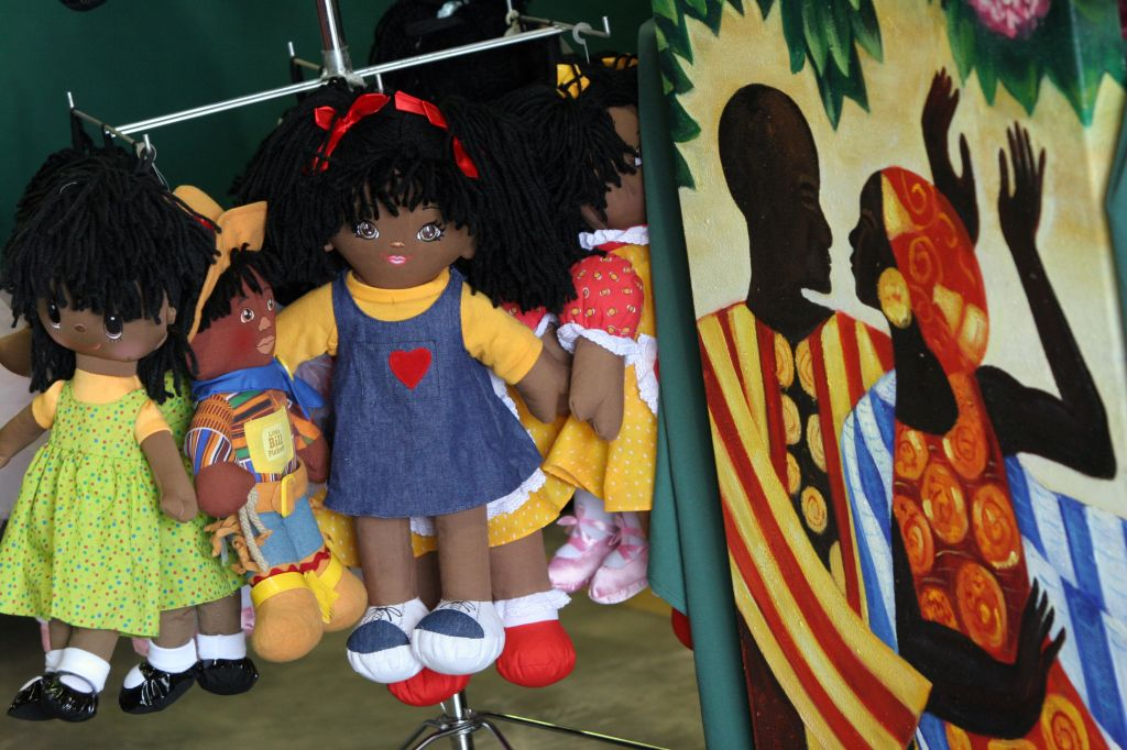SLUG: AA-Festival DATE: September 30 2006 CREDIT: Susan Biddle / TWP. Crownsville, MD The Kunta Kint
