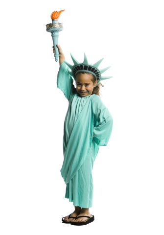 Portrait of a girl portraying the Statue Of Liberty