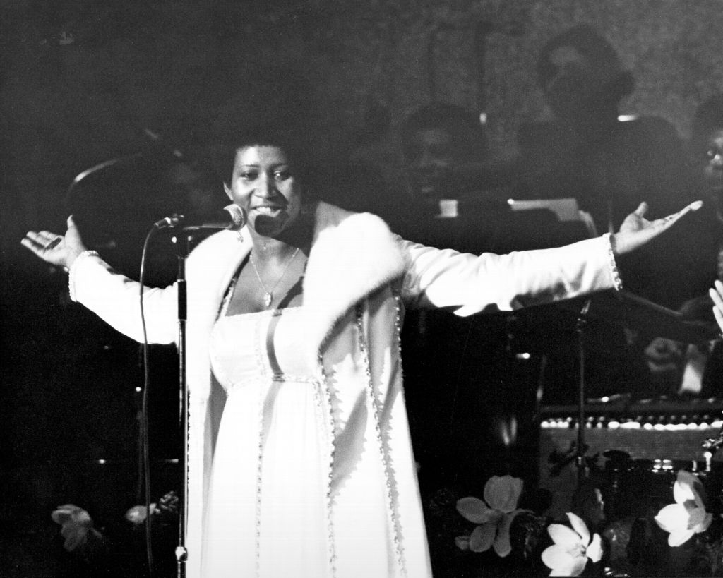 Queen Of Soul Performing