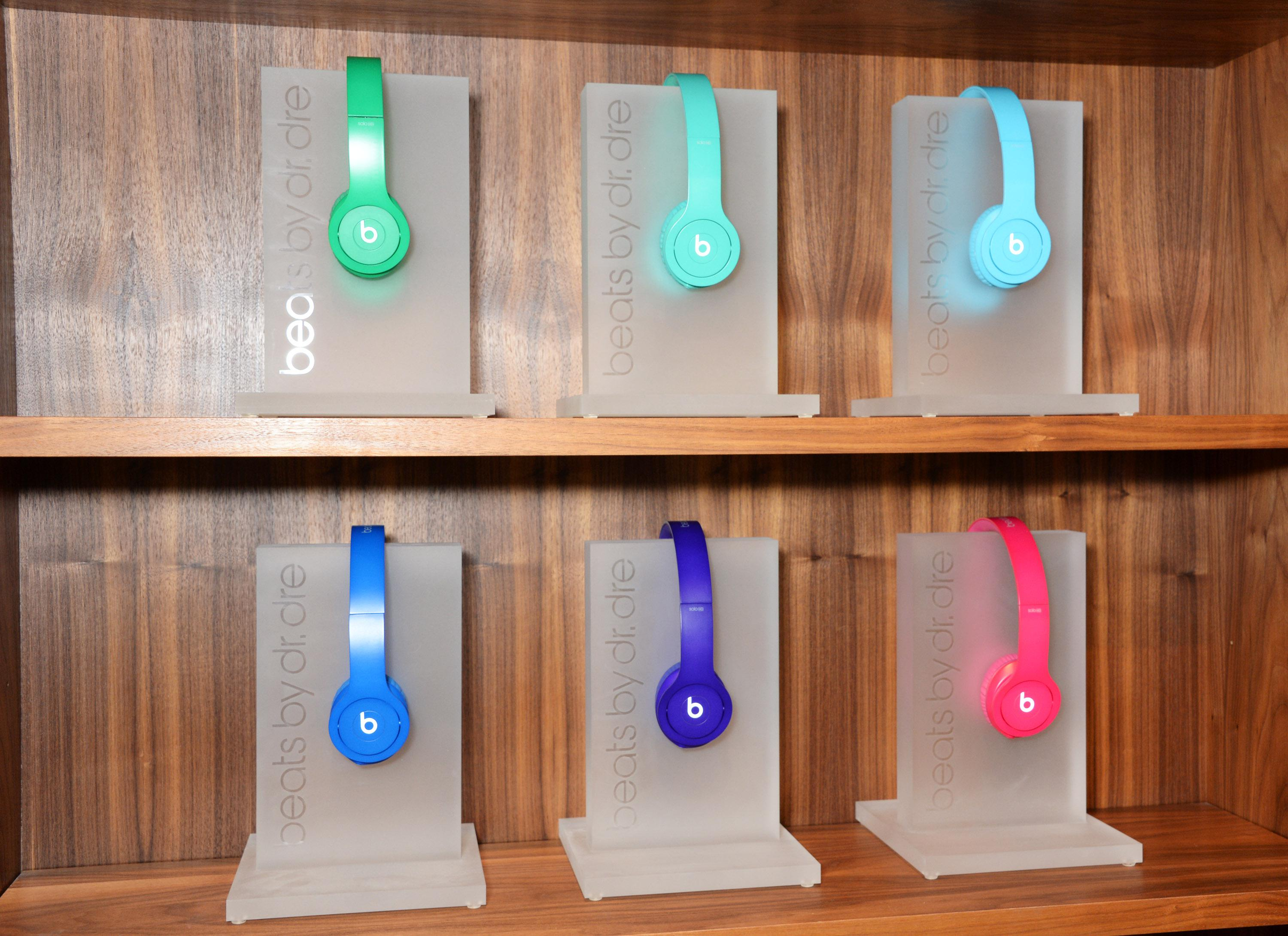 Beats by Dre Drenched In Colour Party