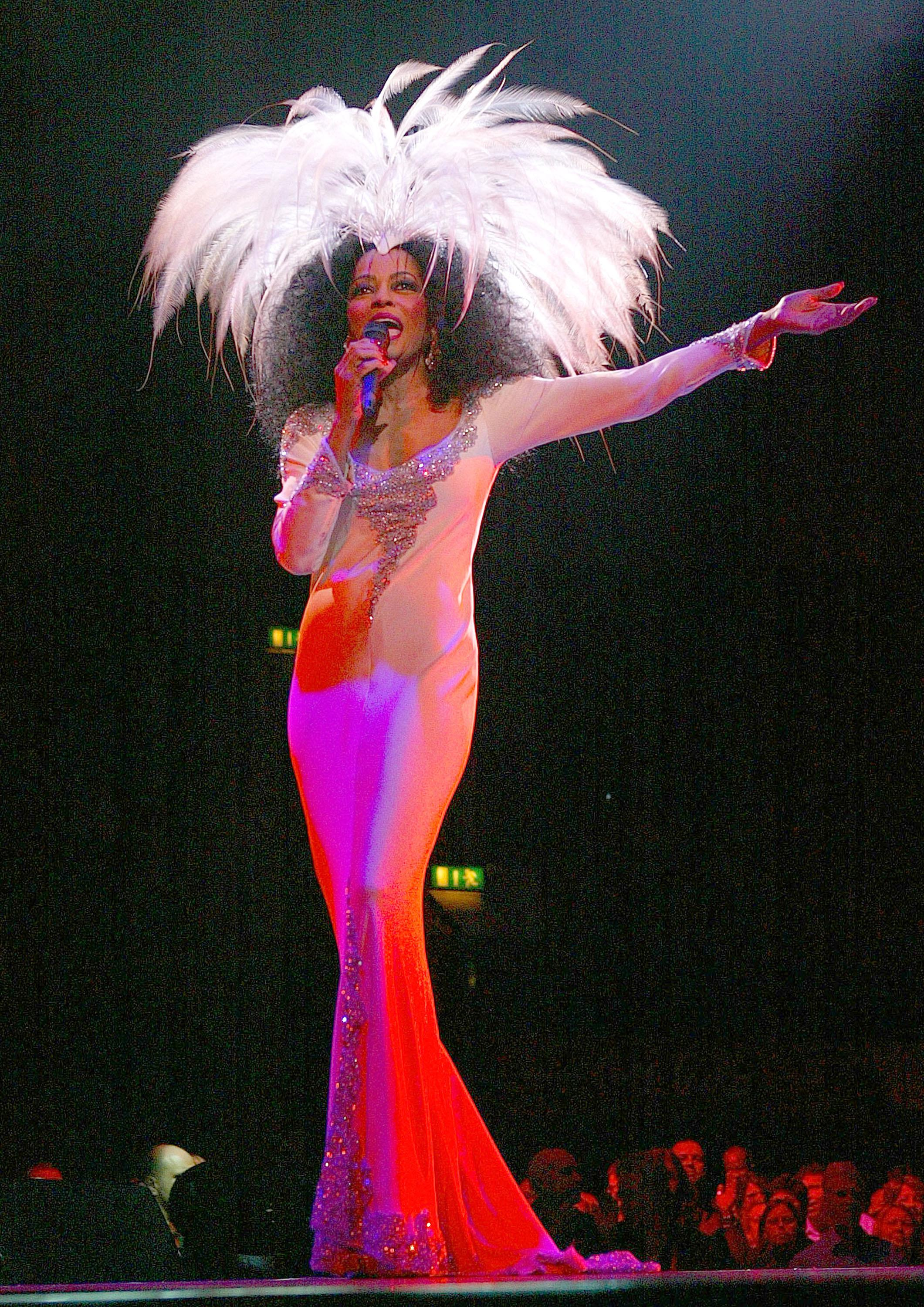 Diana Ross in Concert - March 18, 2004 - London
